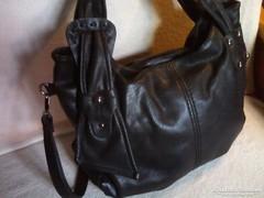 Fekete vintage női bőr utánzatú műbőr táska/ridikül