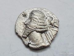 Ógörög pártus drachma PHRAATES IV.- EXTRÉM  RITKA variáció!!