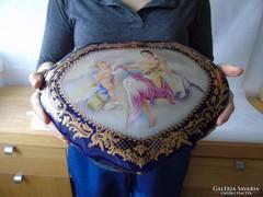 Hatalmas meretu sziv alaku diszes porcelan ekszertarto