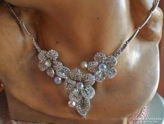 Szépséges régi kristályköves nyakék