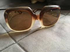 Jó állapotú retro napszemüveg