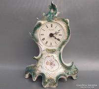 Sitzendorf német porcelán asztali óra
