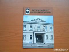 TÁJAK KOROK MÚZEUMOK KISKÖNYVTÁRA SÁTORALJAÚJHELY 470 (1)