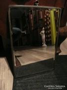 Nagyon régi antik csiszolt tükör, hátsó bőr borítással 38*27
