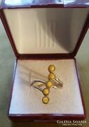 Borostyán kővel foglalt csodaszép gyűrű, ezüst ag925