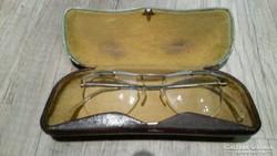 Antik szemüveg gyári tokjában eladó