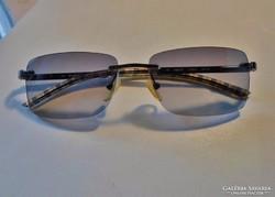 Szép eredeti burberry napszemüveg(by Safilo) sorszámozott