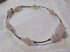 Ezüst nyaklánc rózsakvarc kövekkel
