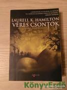 Laurell K. Hamilton: Véres csontok