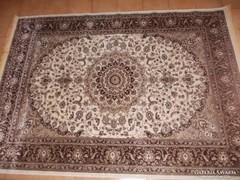 Klasszikus,gyönyörű török szőnyeg.(200x280cm)