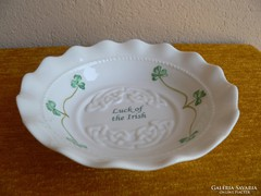 Porcelán tálka (lóhere)