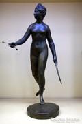 Bronz Diana-szobor