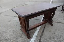 Antik,térbe állítható, faragott íróasztal