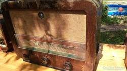 5 db régi csöves rádió egyben eladó 29900 ft-ért