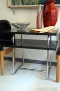 Bauhaus asztalka