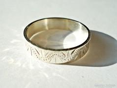 Mintás ezüst gyűrű