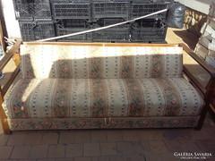 Art-Deco kanapé.