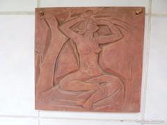 Jelzett terrakotta falikép: Pándi Kiss J.