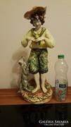 Osztrak vagy cseh majolika szobor