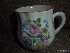 Zsolnay porcelán pocakos virágos bögre