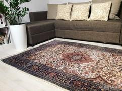 Gyönyörű Iráni kézicsomózású patina szőnyeg