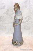 Régi Royal Dux Lány Figura