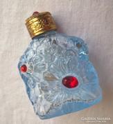 Régi réz tetejű parfümös üveg piros csiszolt kövekkel ékítve