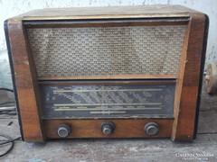 Telefongyár rádió T335