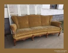 Mutatós.neobarokk kanapé,szófa..faragásokkal díszítve