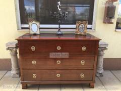 Antik bútor, Biedermeier komód felújított 03.