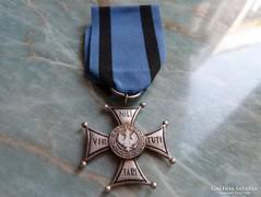 Virtuti Militari Katonai Érdemrend, lengyel tiszti jelvény
