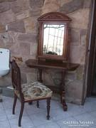 Konzolasztal-far.tükör+szék 1900-as évek felújítva 3 db-os
