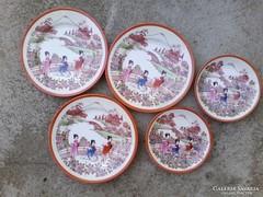 Kínai motívumos  porcelán csészealj, kistányér