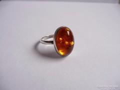 Ezüst gyűrű borostyán kővel