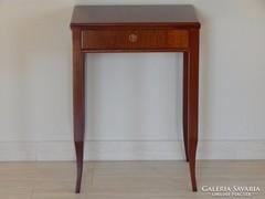 Biedermeier asztalka [G03]