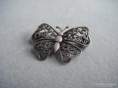 Antik filigrán ezüst pillangó bross