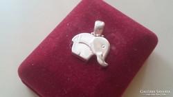 Ezüst elefánt medál 925