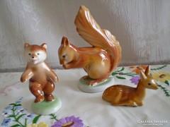 Régi Drasche porcelán őz, mókus és táncoló maci