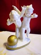 Grafenthal porcelán focizó puttó figurák