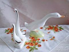 Aquincumi Art Deco porcelán libapár és liba együtt
