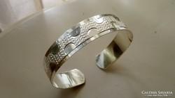 Ezüst könnyű, gyönyörű Karperec 925
