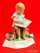Zsolnay  könyvet olvasó kislány (Sinkó)