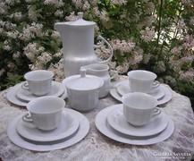 Hollóházi fehér porcelán