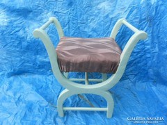 Antik szófa szék.Felújítva.