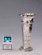 Ezüst gazdagon díszített váza