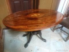 Antik intarziás ovális asztal eladó
