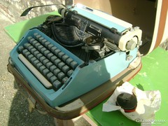 Retro mechanikus írógép