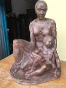 Nagy terrakotta szobor