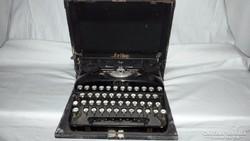 Antik működő írógép,eredeti kofferjában!