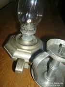 Ón petróleumlámpa petróleum lámpa egy gyertyatartó